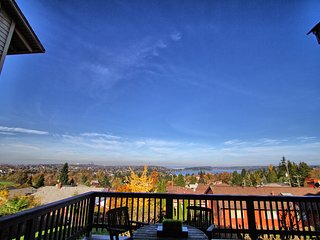 Craftsman with Breathtaking view of Seattle - Seattle vacation rentals