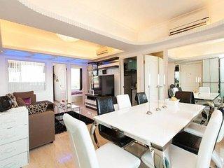 4BR+3BATH CITYLIGHTS! SEAVIEW PENTHOUSE BIG KOWLOON - Hong Kong vacation rentals