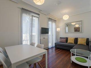 PERLA apartment - PEOPLE RENTALS - San Sebastian - Donostia vacation rentals
