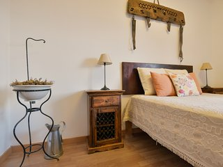 Fig Tree Room - Boliqueime vacation rentals