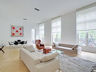 Architect 3 bedroom apartment Parc Monceau P0878 - Paris vacation rentals