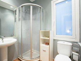 AZOKA apartment - PEOPLE RENTALS - San Sebastian - Donostia vacation rentals