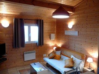 Chalet - Gite 4 pers.  - La Petite Maison derrière les Buis - Gras vacation rentals