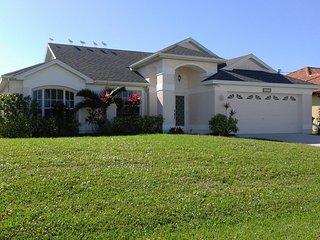 """NEU---- Gulf Access direkt am Kanal Wohlfühl-Villa """"Cozy Cottage"""" - Cape Coral vacation rentals"""