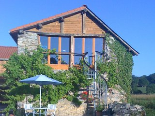 Olive Tree Apartments Upstairs - La Barthe-de-Neste vacation rentals