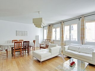 3 bedroom apartment Paris Latin Quarter P0560 - Paris vacation rentals