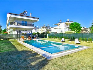AMADO | Big Dublex 2-Bed Apartment with Pool and 2 Showers! - Bogazkent vacation rentals
