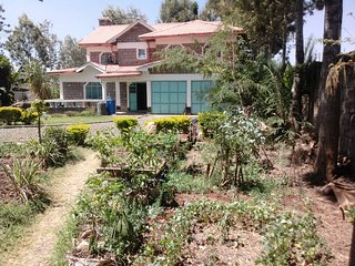Nice Villa with A/C and Satellite Or Cable TV - Ngong vacation rentals