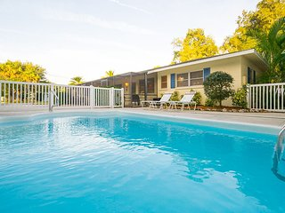 Gorgeous Gulf Gate Branch House rental with A/C - Gulf Gate Branch vacation rentals