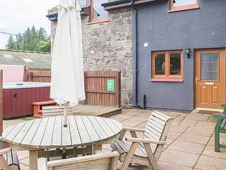 Keepers Lodge with Hot Tub - Modern luxury lodge in Perthshire. - Perth vacation rentals