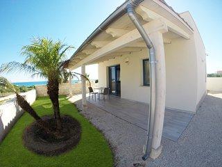 Magic Beach Triscina di Selinunte - Villetta DEMETRA - Triscina vacation rentals