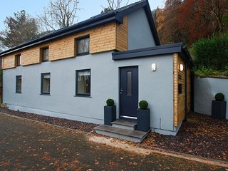 Beautiful House with Internet Access and Television - Dolgarrog vacation rentals