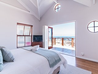 Geheim Luxury Seafront Accommodation - Hermanus vacation rentals