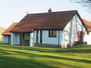 Graingemuir House, 2 Bedrooms, Kilconquhar Castle Estate, Sleeps 6 - Kilconquhar vacation rentals