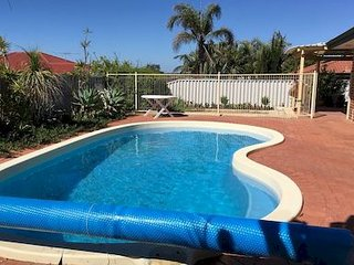Perfect 4 bedroom House in Burns Beach - Burns Beach vacation rentals