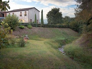 The nest by the stream - Lucca vacation rentals