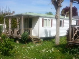 Mobilhome 6 pers. Camping in the Dordogne - Saint-Julien-de-Lampon vacation rentals