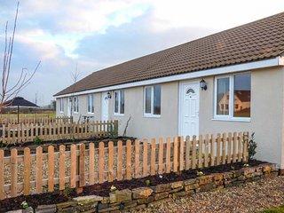 WIDGEON, delightful bungalow, romantic retreat, attractions close by, in - Highbridge vacation rentals