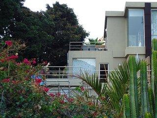 Bonitos apartamentos rurales cerca de la playa - La Playa de Tauro vacation rentals