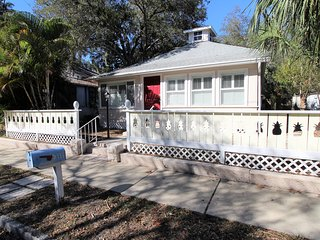 Pineapple House 5413 - Gulfport vacation rentals