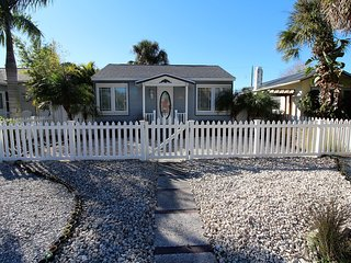 Wine House 3031 - Gulfport vacation rentals