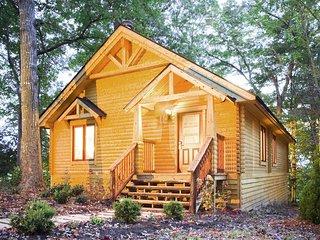 2 bedroom Lodge with Internet Access in Gordonsville - Gordonsville vacation rentals