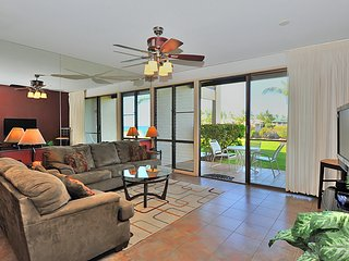 Sunny Condo with Internet Access and Shared Outdoor Pool - Lahaina vacation rentals