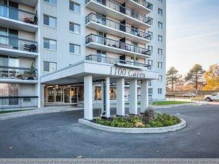 1100 Caven Street – Incredibly spacious 3-bedroom Condo! - Mississauga vacation rentals