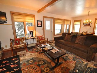 Comfortable 2 bedroom Apartment in Teton Village with Internet Access - Teton Village vacation rentals