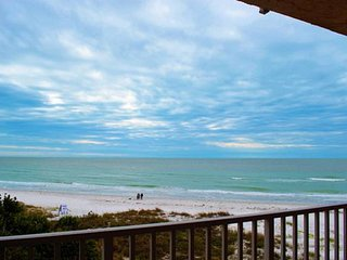 Perfect Condo with Internet Access and Balcony - Indian Shores vacation rentals