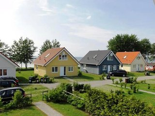 Bright 3 bedroom House in Gelting - Gelting vacation rentals