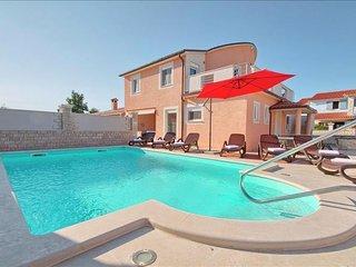 4 bedroom Villa with A/C in Vodnjan - Vodnjan vacation rentals