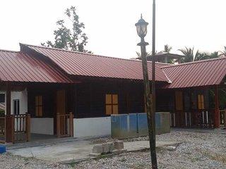 Diamond Sapphire Homestay, Sabak Bernam, Selangor, Malaysia - Sabak Bernam District vacation rentals
