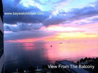 Luxury Studio Suite Condo Unit overlooking the Bay - Manila vacation rentals