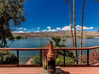 Riverfront Home in BULLHEAD. Close To Casinos & Laughlin -  Snowbirds welcomed - Laughlin vacation rentals