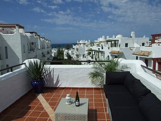 Beautiful beach penthouse with large roof terraces - Zahara de los Atunes vacation rentals