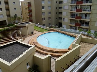 5 star smart accommadation and convienent from shopping, beaches and many many m - Umhlanga Rocks vacation rentals