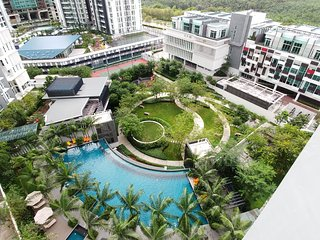 #LEGOLAND#Luxry 3Bedrooms Penthouse - Gelang Patah vacation rentals