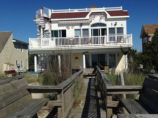 Large OceanFront house, Prvt Beach Access, 7 decks, hot Tub, game room, Handicap - Surf City vacation rentals