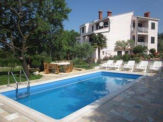 Private suites Pula 9679 1-room-suite - Pula vacation rentals