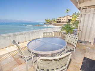 Beautiful House with A/C and Shared Outdoor Pool - Lahaina vacation rentals