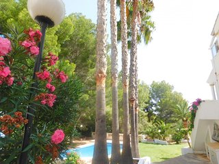 Bungalow con piscina en Parque Natural Montgó - Denia vacation rentals