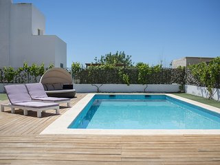 Modern villa 10 minutes to Playa den Bossa, perfect for families or groups - Nuestra Senora de Jesus vacation rentals