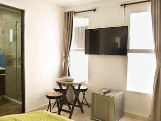 Hollywood Beach Suite 403 - Cartagena vacation rentals