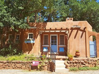 Summer Deal/Luxury Guesthouse for 2 by Pikes Peak with Mtn Views/5 star reviews - Colorado Springs vacation rentals