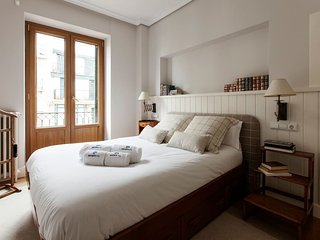 Nice House with Internet Access and Central Heating - San Sebastian - Donostia vacation rentals