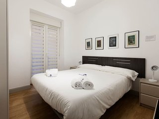 2 bedroom House with Internet Access in San Sebastian - Donostia - San Sebastian - Donostia vacation rentals