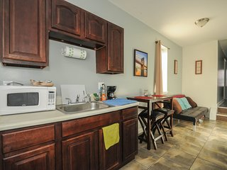 Bright, Sunny, Modern Place to Call Home in Philadelphia - Philadelphia vacation rentals