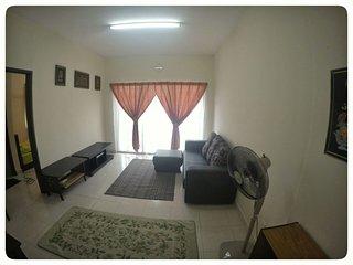 Nice Condo with Balcony and DVD Player - Kuala Selangor vacation rentals