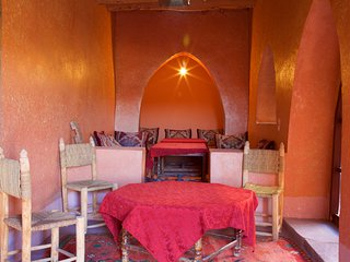 Nice and Friendly place Auberge ksar Ait ben haddou - Tamedakhte vacation rentals